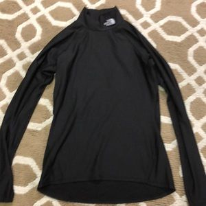 The North Face ladies pullover/high neck